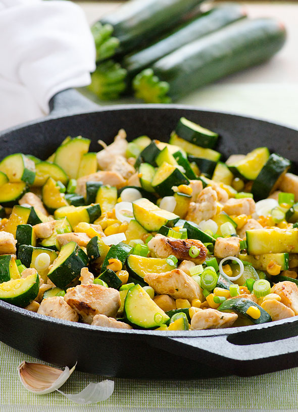 main1-garlic-chicken-zucchini-corn-clean-eating-recipes